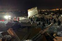 В разборе завалов принимали участие спасатели, добровольцы, волонтеры и просто неравнодушные люди.