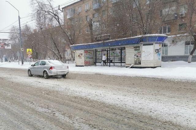 В Оренбурге коммунальщикам предстоит промежуточная расчистка улиц.