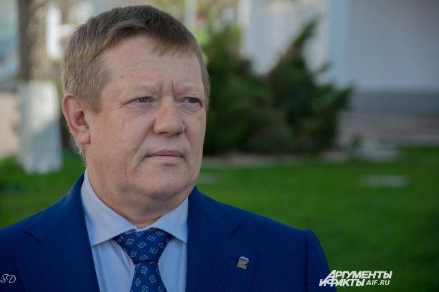 Володин обратил внимание на эффективность работы депутата Николая Панкова