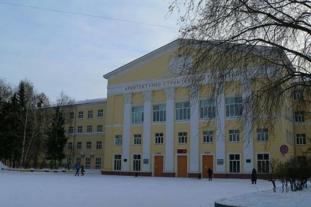 В Новосибирском государственном архитектурно-строительном университете (НГАСУ) произошел пожар из-за короткого замыкания в буфете.