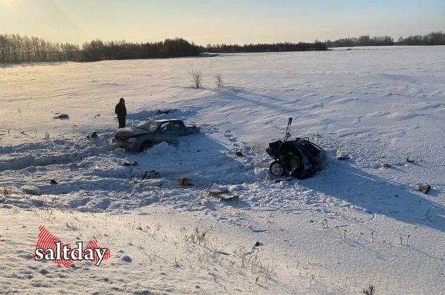 В страшном ДТП под Соль-Илецком погиб человек.