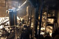 Хозяйка дома заверяла пожарных, что в жилище никого нет.