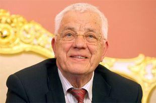 Коллеги поздравили Раймонда Паулса с 85-летним юбилеем