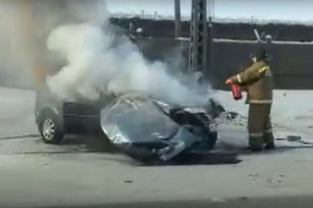 Люди остались живы, а вот автомобиль уже не восстановить