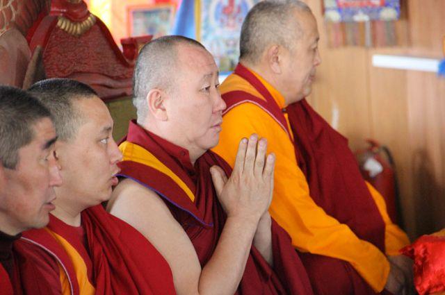 Каждый год буддийские ламы определяют в какой день наступит новый год.