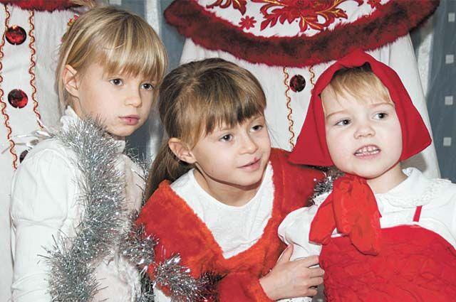 В 2021 году в Новосибирской области увеличатся пособия на детей от 3 до 7 лет. Однако не все семьи смогут рассчитывать на повышенные выплаты.