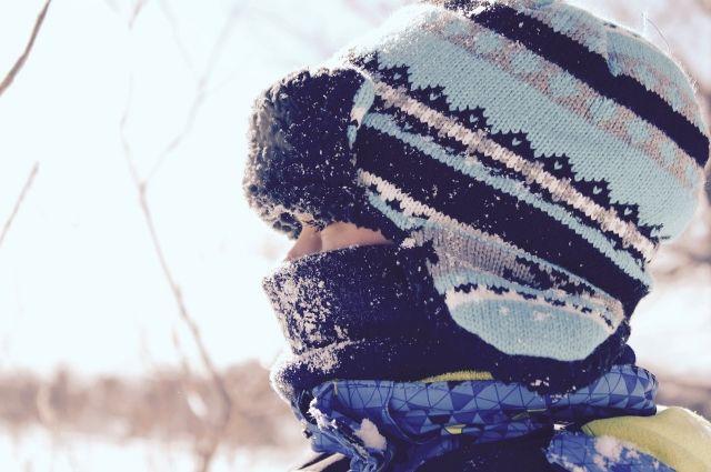 В школах Тюмени занятия первой смены отменили из-за морозов