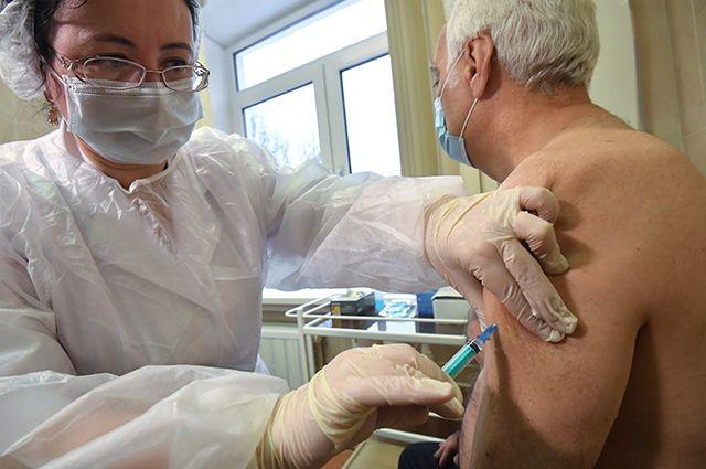 Защита от COVID-19. Врач рекомендовала сердечникам пройти вакцинацию