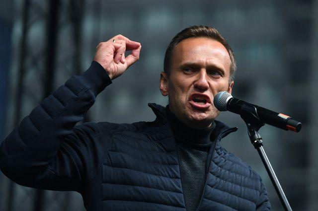 Обратно в Россию. Что ждет Навального после возвращения в Россию