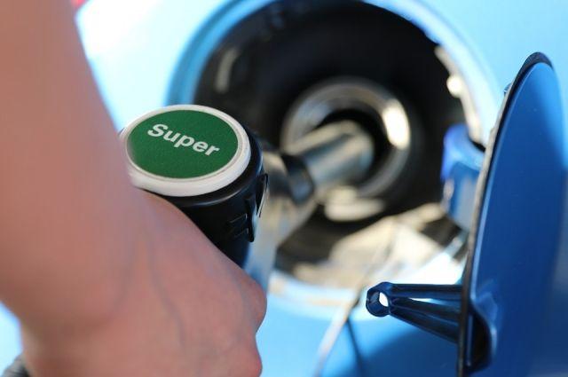 В Удмуртии за новогодние праздники выросла цена на бензин