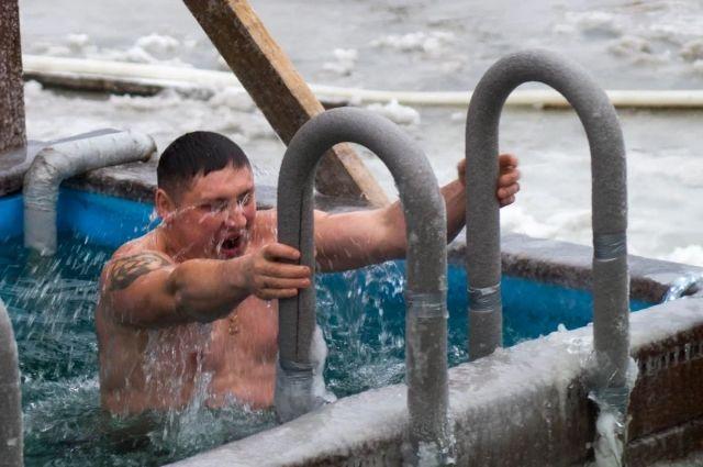 Основным местом крещенских купаний для тюменцев станет озеро Липовое