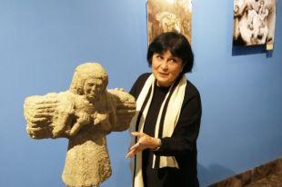 Людмила Караева - известный в республике скульптор.