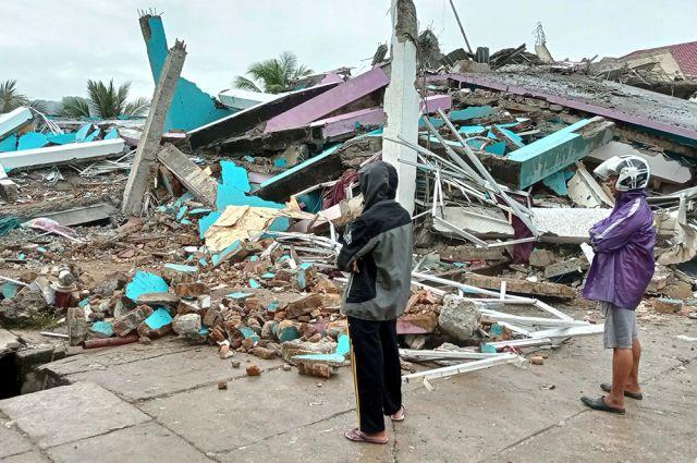 Серия землетрясений в Индонезии