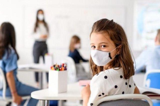 Степанов: в Украине дети стали чаще болеть COVID-19 с проявлением симптомов
