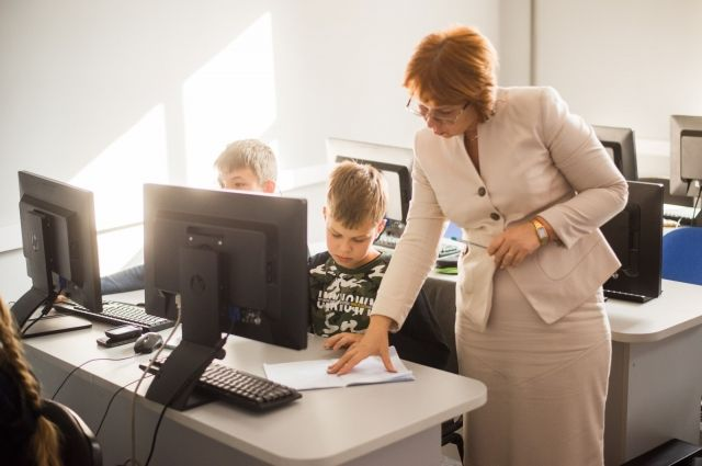 Школьники Новосибирска могут принять участие в бесплатной IT-олимпиаде. Организатор — компьютерная академия ШАГ — и спонсоры проекта подготовили для победителей ценные призы.
