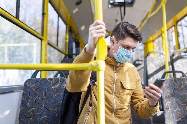 По итогу очередного рейда более 30 пассажиров общественного транспорта надели маски.