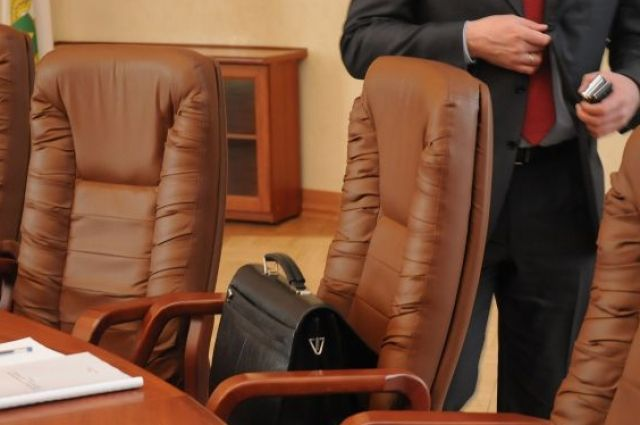 На должность мэра муниципалитета претендует 61 человек