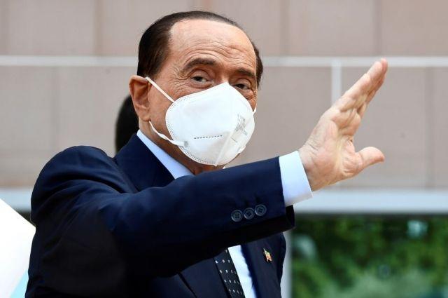 Берлускони выписали из кардиологической клиники