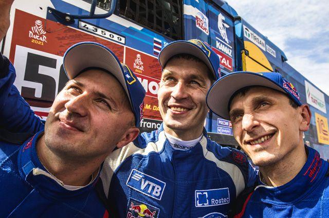 Тройная победа. Российская команда заняла весь пьедестал в ралли-марафоне
