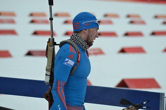 Россияне остались без медалей в мужской эстафете на этапе КМ по биатлону
