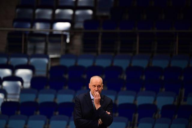 Баскетбольный клуб «Химки» снял Куртинайтиса с должности главного тренера
