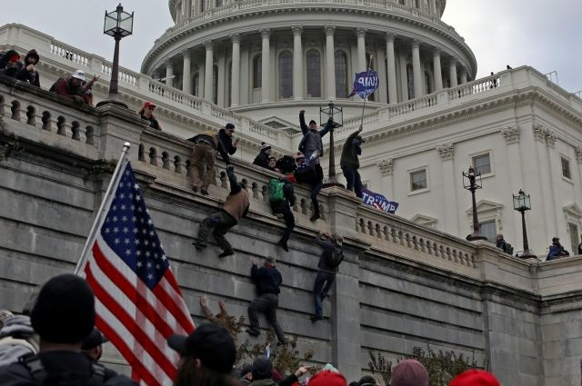 WP: полиция заранее знала, что целю протестующих в США станет Конгресс