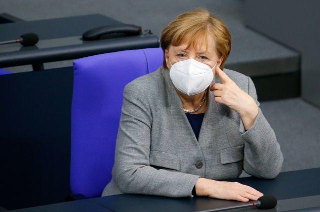 Меркель признала пандемию самым серьезным вызовом за время работы канцлером