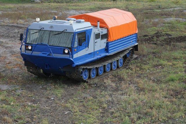 Снегоболотоход ТМ-140 производства ПАО «Курганмашзавод».