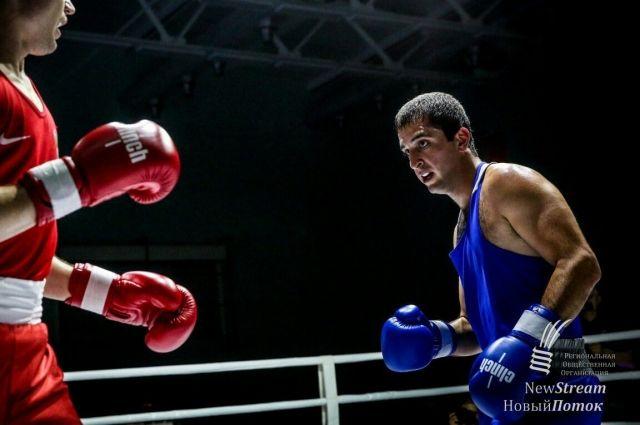 В результате ДТП на тюменской трассе погиб известный боксер