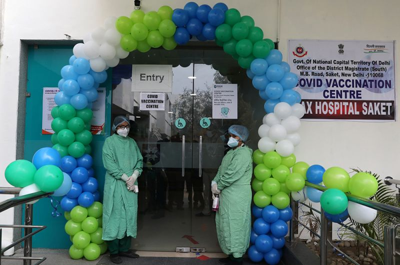 Центр вакцинации в Дели.