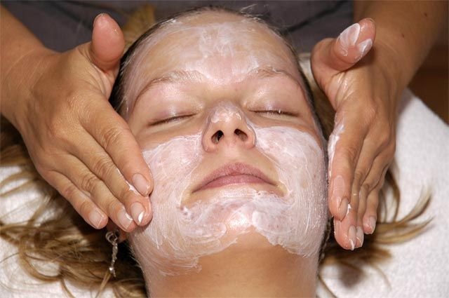 Какие домашние маски помогут коже в мороз?