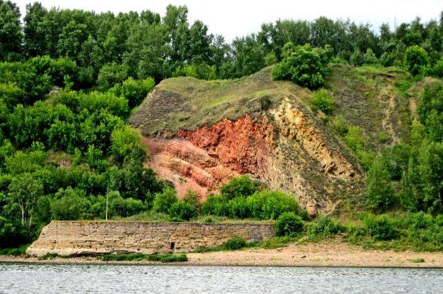 Именно здесь нашли первый уголь.