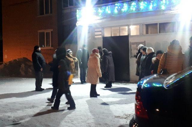 В Глазове в свои дома возвращаются эвакуированные из-за бензовоза жители