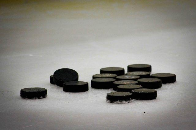Хоккеисты «Ижстали» обыграли «Рязань» со счетом 2:1