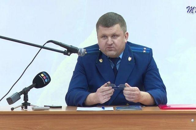 Прокурор Бердска Роман Сивак стал новым прокурором Новосибирска по назначению генпрокурора России. Об этом сообщает пресс-служба областной прокуратуры.