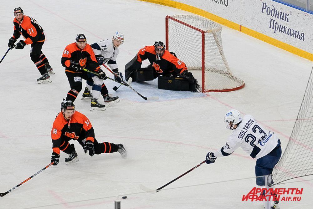 Домашний матч «Молот-Прикамье» - «Динамо» в Перми.