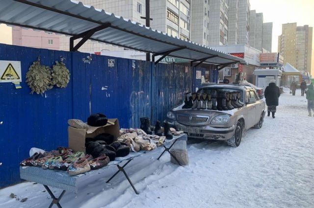 В Тюмени провели рейды по местам несанкционированной торговли