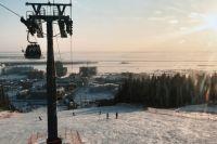 Самое главное место на «Хвойном урмане», конечно, трасса для катания на горных лыжах и сноуборде