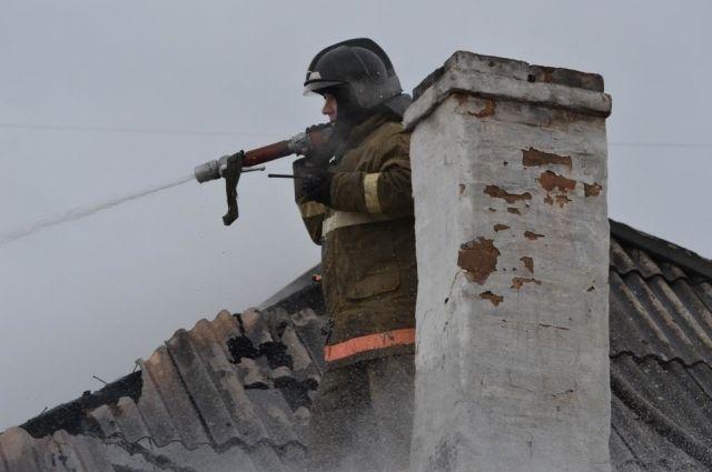 Причина гибели людей в огне - несоблюдение правил пожарной безопасности при эксплуатации печей.
