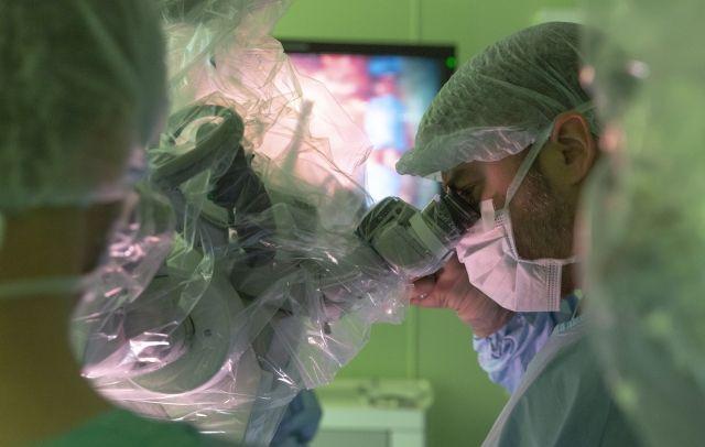 Опухоль вырезали буквально по миллиметру