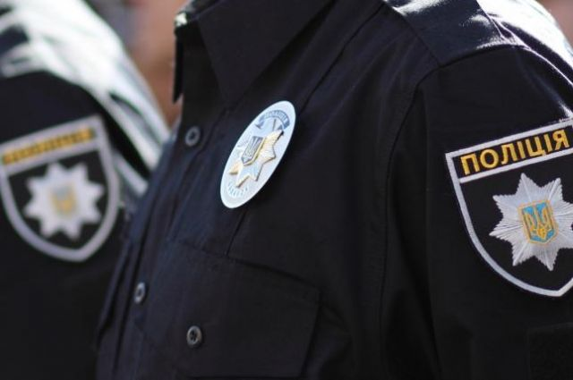В Луцке мужчина избил полицейского при оформлении ДТП