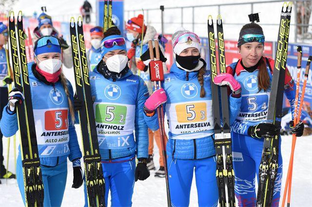 Российская команда, выигравшая женскую эстафету в Антхольце.