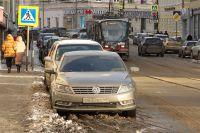 Освободив от машин часть центра города, водителям не предложили альтернативы.