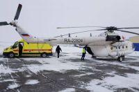 Мужчину с термическими ожогами 2-3 степени и мальчика с закрытым оскольчатым переломом бедра на вертолете «Ми-8» доставили в больницы Оренбурга 26 января.