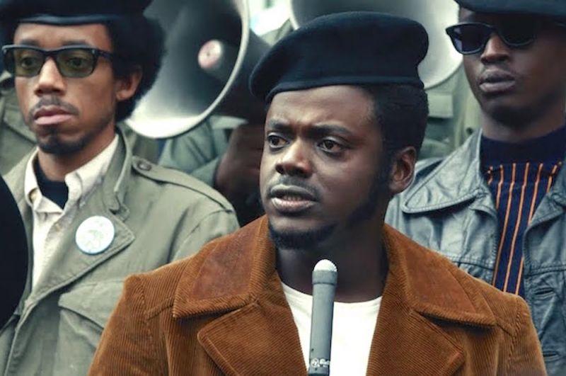 «Иуда и Черный Мессия». Преступник в попытке избежать заключения соглашается на сделку с ФБР и внедряется в радикальную организацию «Черные пантеры».