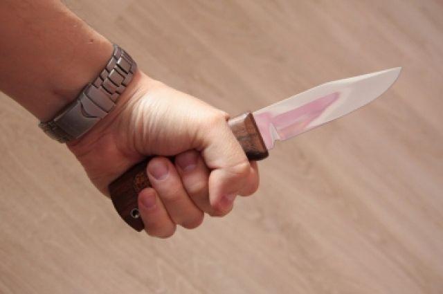 Виновник инцидента схватился за кухонный нож и ударил «обидчика» в грудь