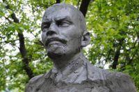 В Украине демонтировали последний памятник Ленину