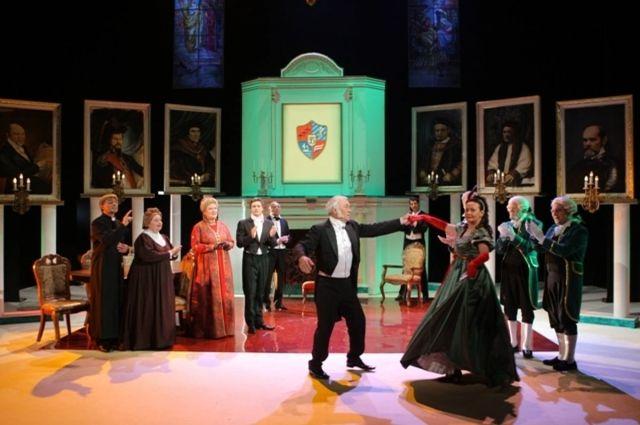Кто заменит умершего артиста в спектакле «Лорд Фаунтлерой»?