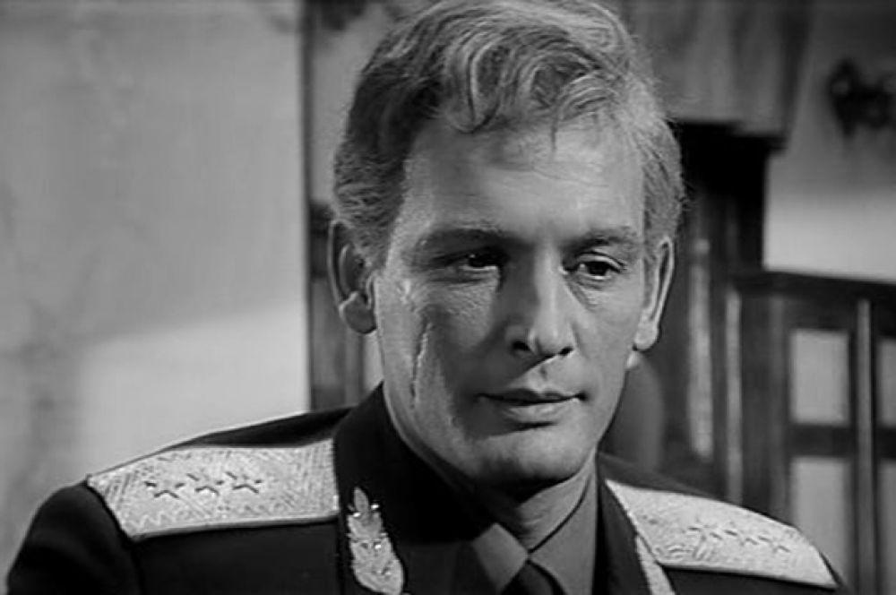 Василий Лановой в фильме «Офицеры», 1971 год.
