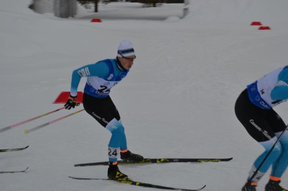 В чемпионате принимает участие шесть спортсменов международного класса.